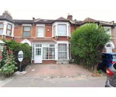 5 Bedroom Terraced House to Rent