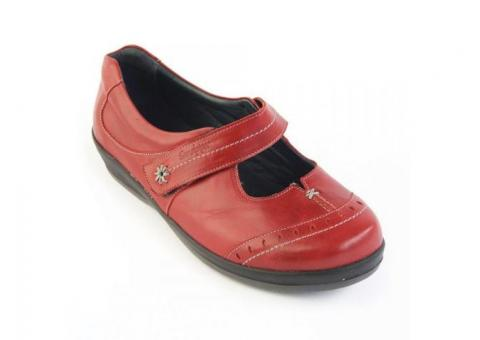 Shoes for Swollen Feet - Essential Aids UK